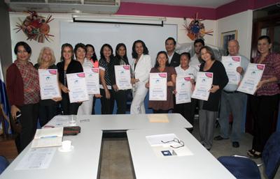 PEQUEÑOS Y MEDIANOS EMPRESARIOS TURISTICOS DE MANAGUA RECIBIERON  SELLOS  DE CALIDAD MODERNIZA