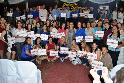 INTUR y UPOLI gradúan a 195 participantes de Postgrado en Planificación y Gestión del Turismo Sostenible