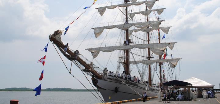 Buque Escuela de la Naval Mexicana visita por primera vez Nicaragua