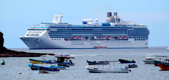 INTUR recibe a turistas del crucero Island Princess en San Juan del Sur