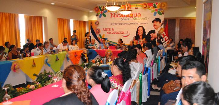 INTUR se reúne con dueños de negocios de Centros Turísticos