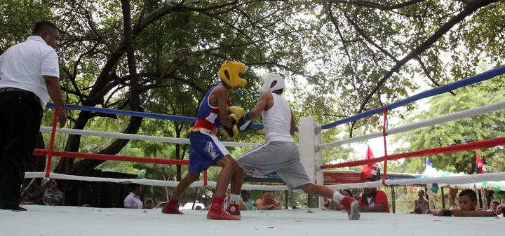 """Centro Turístico """"El Trapiche"""" presenta tarde de Boxeo"""