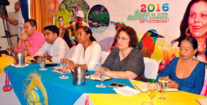 INTUR explica a empresarios las leyes turísticas y sus beneficios