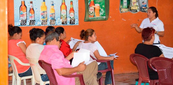 Capacitan a propietarios de negocios turísticos de Xiloá de cara a la semana santa