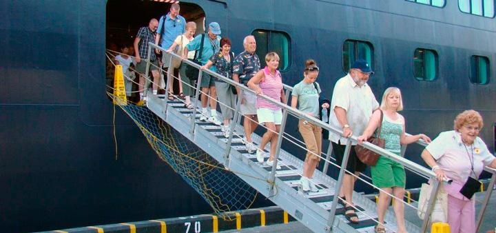 Arriban dos cruceros a San Juan del Sur