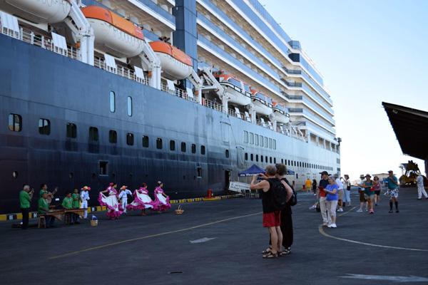 Westerdam llega a Puerto Corinto