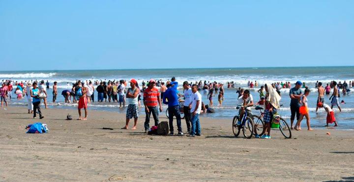 De cara a temporada alta del verano Minsa estudia aguas de balnearios