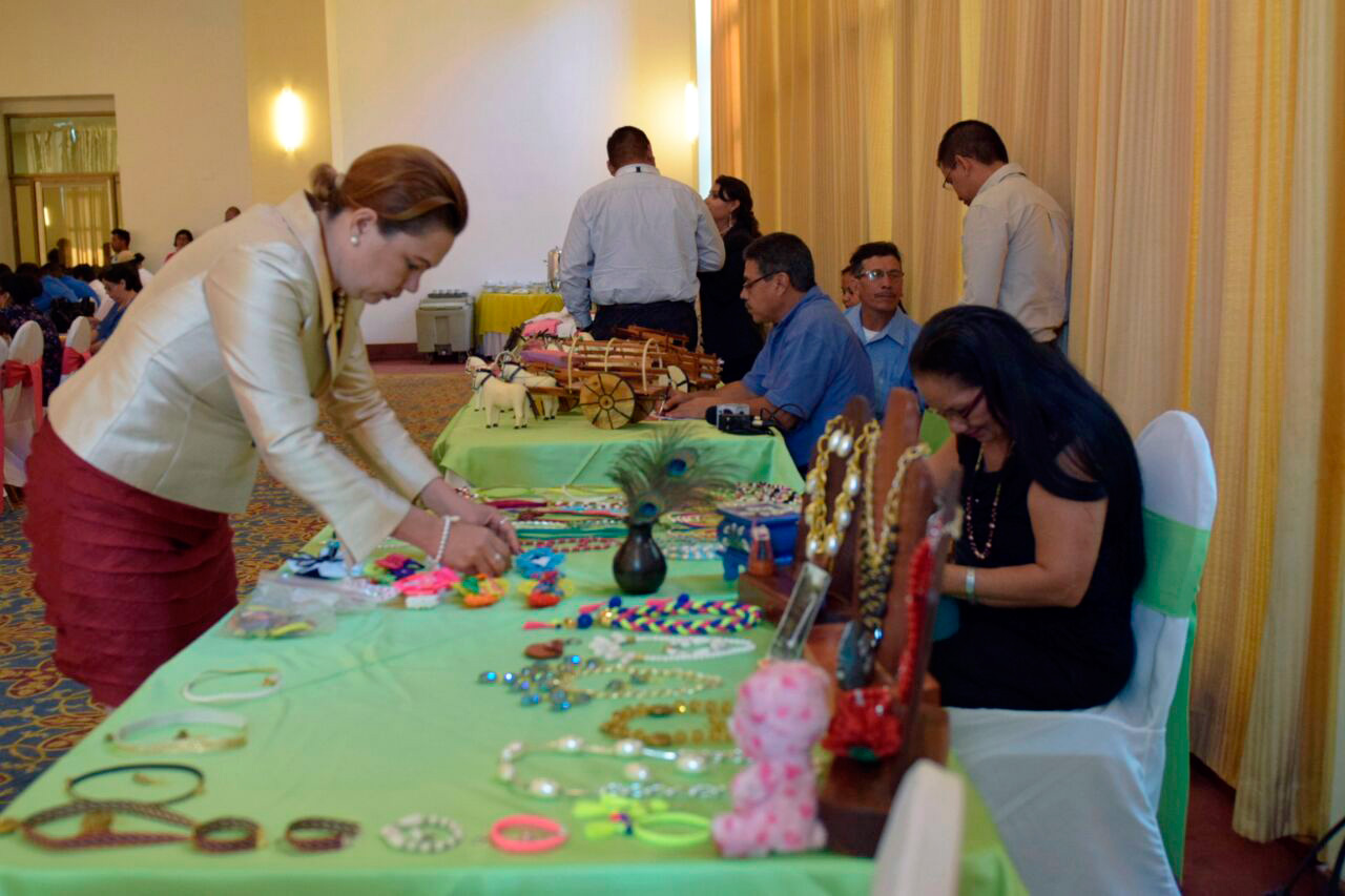 Trabajan por enlazamiento entre hoteles, restaurantes y artesanos