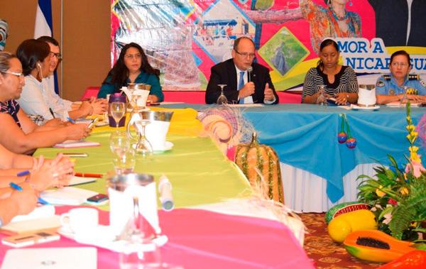 Sector público y privado une esfuerzos por turismo de convenciones