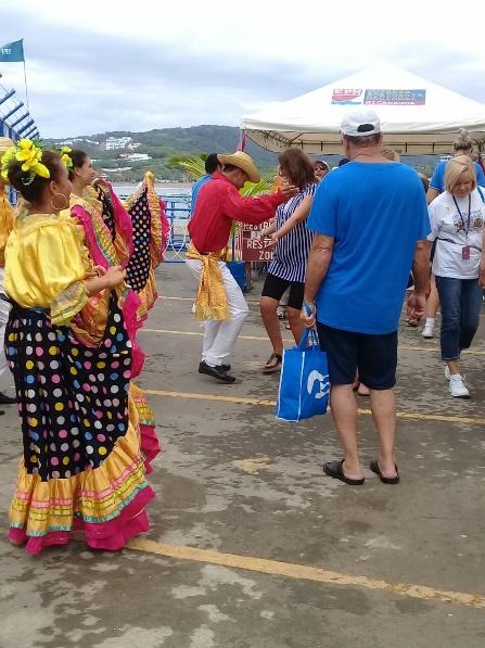 Viajeros del Island Princess conocen Nicaragua (2)