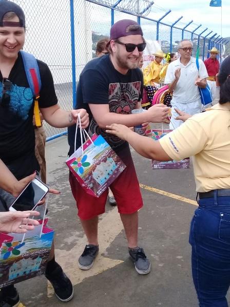 Viajeros del Island Princess conocen Nicaragua