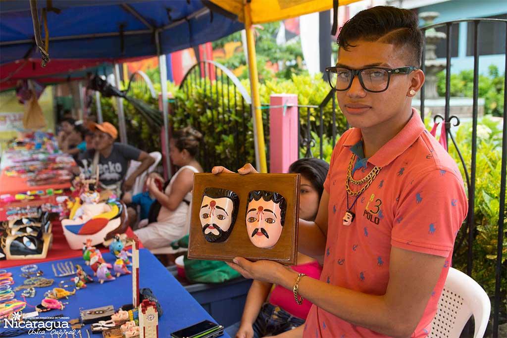 Carazo Visita Managua