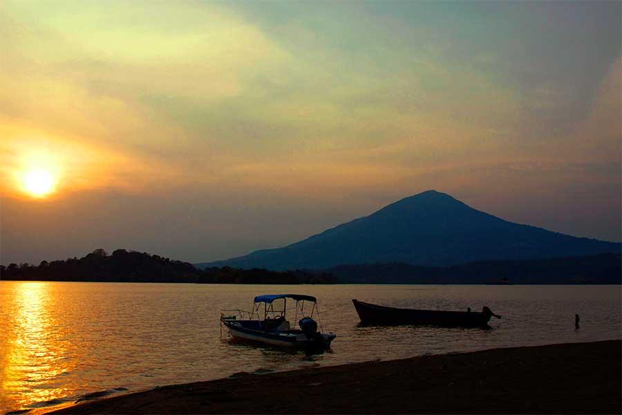 Isla-Zapatera-Granada-Nicaragua