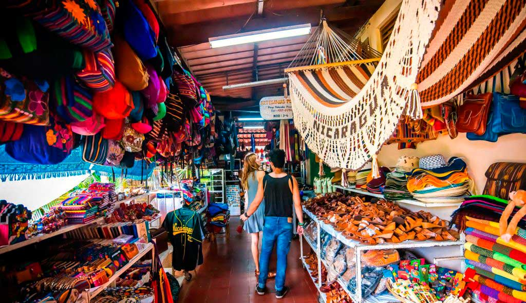 Artesanías-Mercado-de-Masaya