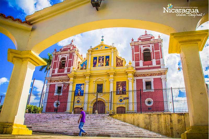León,-Iglesia-El-Calvario-1