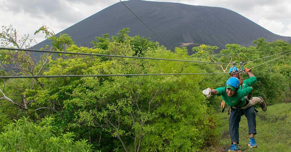Volcán-Cerro-Negro-canopy