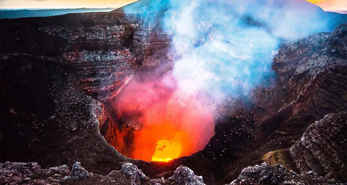 volcan-masaya-lago-de-lava-Nicaragua
