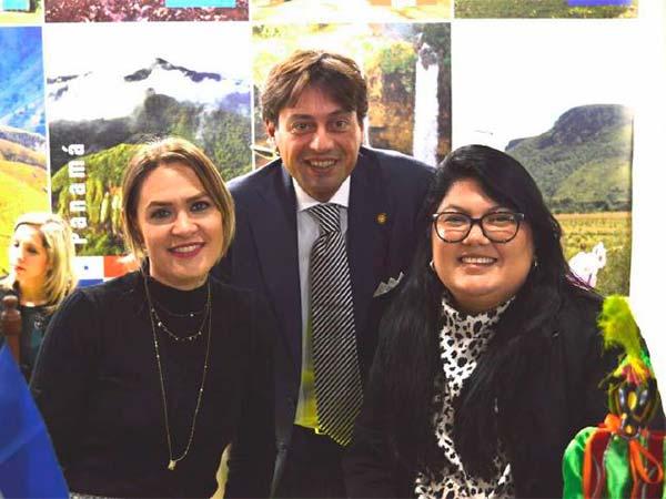 Bolsa-Internacional-de-Turismo-de-Italia-Equipo-Nicaragua