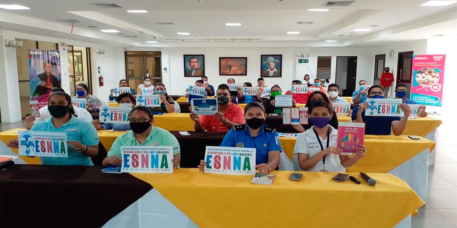Taller-a-docentes-de-Hotelería-y-Turismo-Nicaragua-