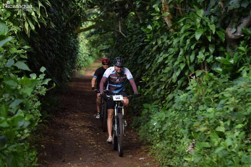Ciclismo-de-montaña,-Carazo
